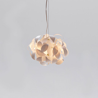 Acacia medium LED pendant